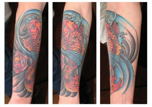 Татуировки находятся также в галереях